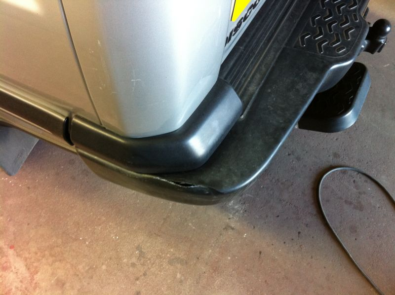 Bumper repair for Land rover